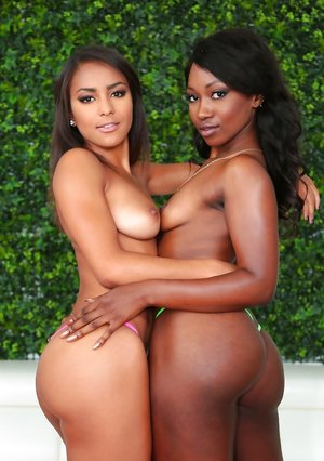 Ebony Lesbians Pics